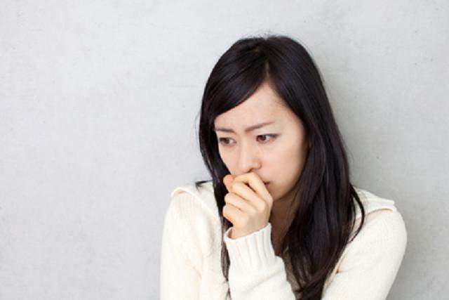 ストレスや睡眠不足も肌トラブルの原因