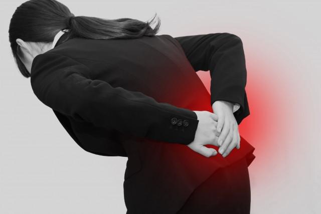 筋肉のハリやこわばりが腰痛の原因